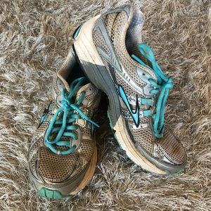 Brooks Running Shoes 7.5 - used, still have life😊